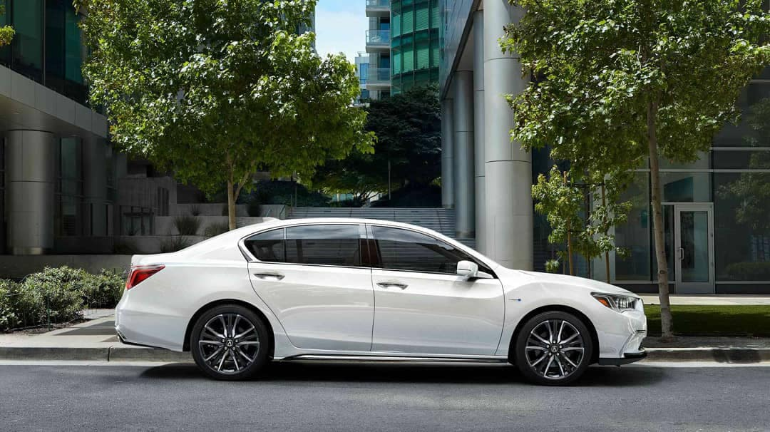 2019 Acura RLX side exterior