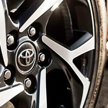 toyota chr Toyota C-HR XLE wheel