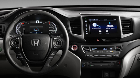 2017 Honda Pilot with satellite linked navigation
