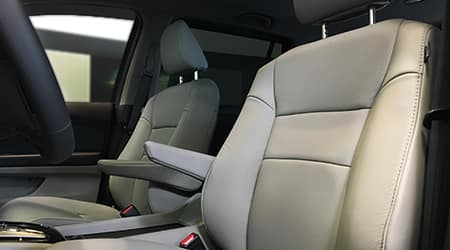 2017 Honda Pilot leather trimmed seats