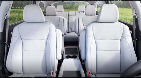 2017 Honda Pilot with heated 2nd-row captains chairs