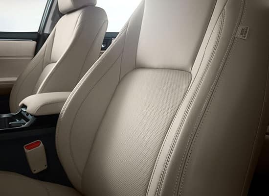 2018 Honda Clarity Plug-In Hybrid Touring Leather-Trimmed Seating