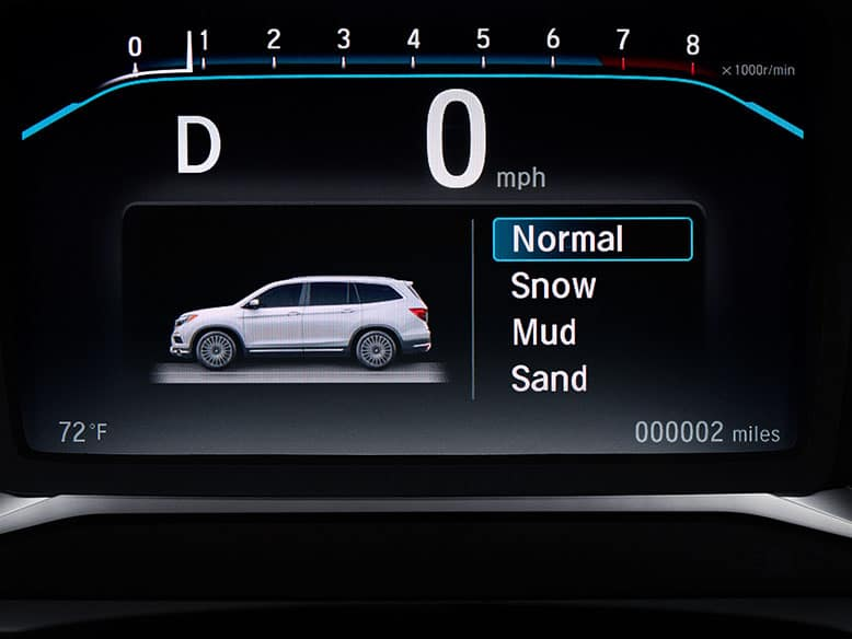 2019 Honda Pilot with Intelligent Traction Management System