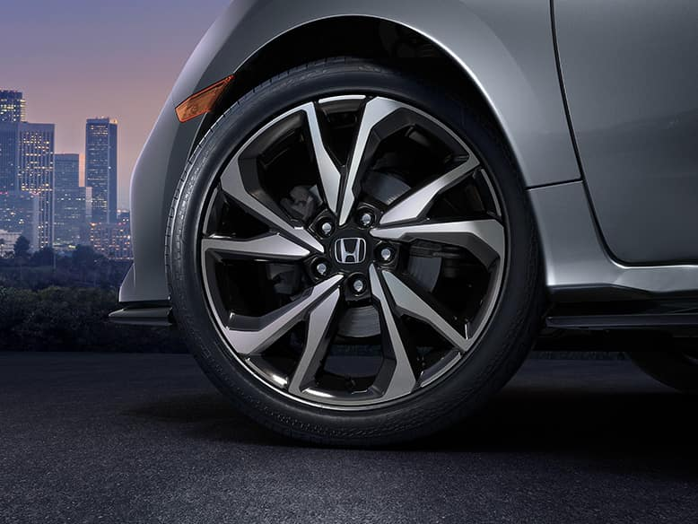 2019 Honda Civic Hatchback with 18-inch Alloy Wheels