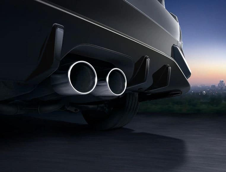 2020 Honda Civic Hatchback with center-mounted dual outlet exhaust