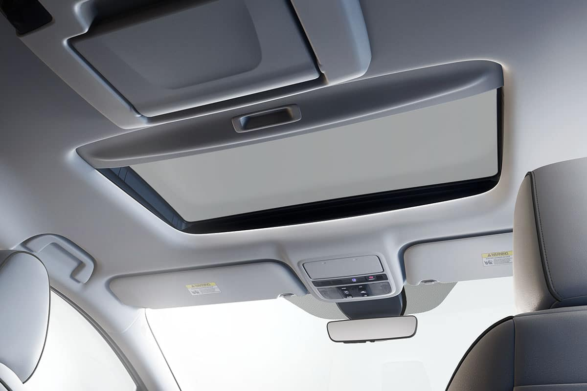 2021 Honda Odyssey with one-touch power moonroof