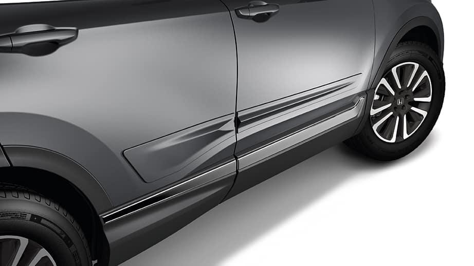 2021 honda cr-v with door body side molding