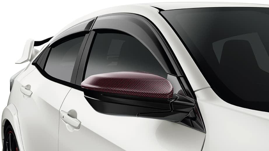 2021 Honda Civic Type R with carbon fiber door mirror cover