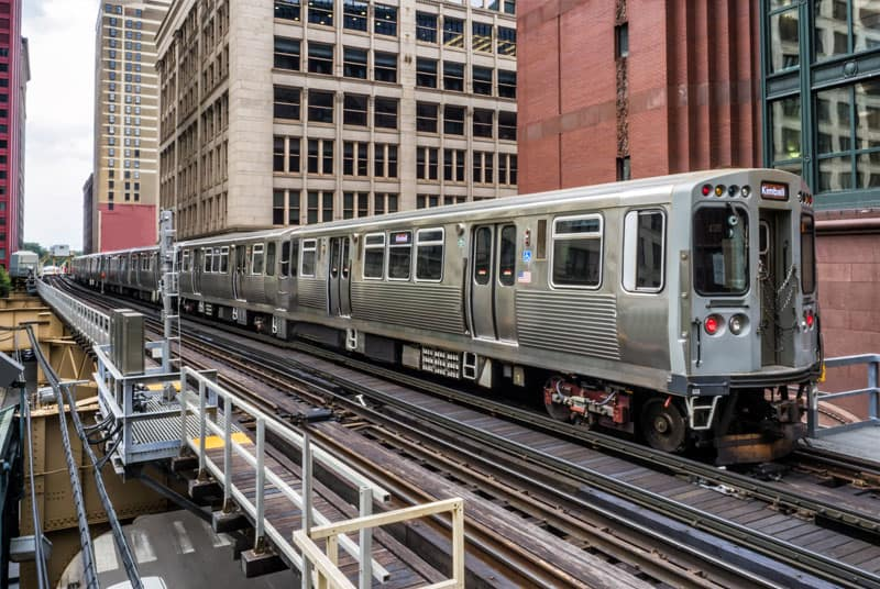 Chicago train on elevated tracks