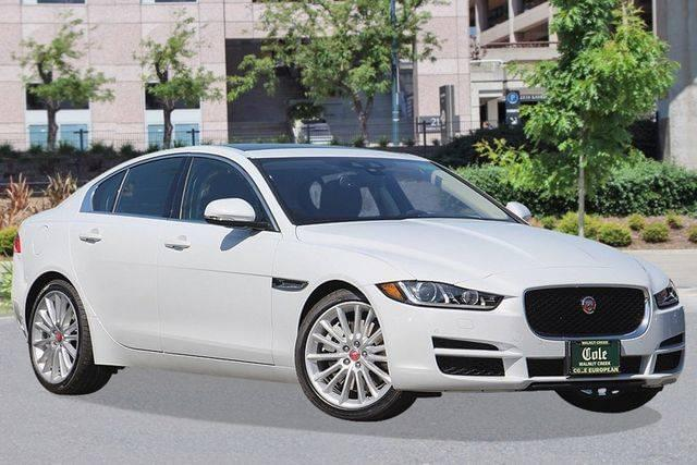 New 2017 Jaguar XE 35t RWD Sedan