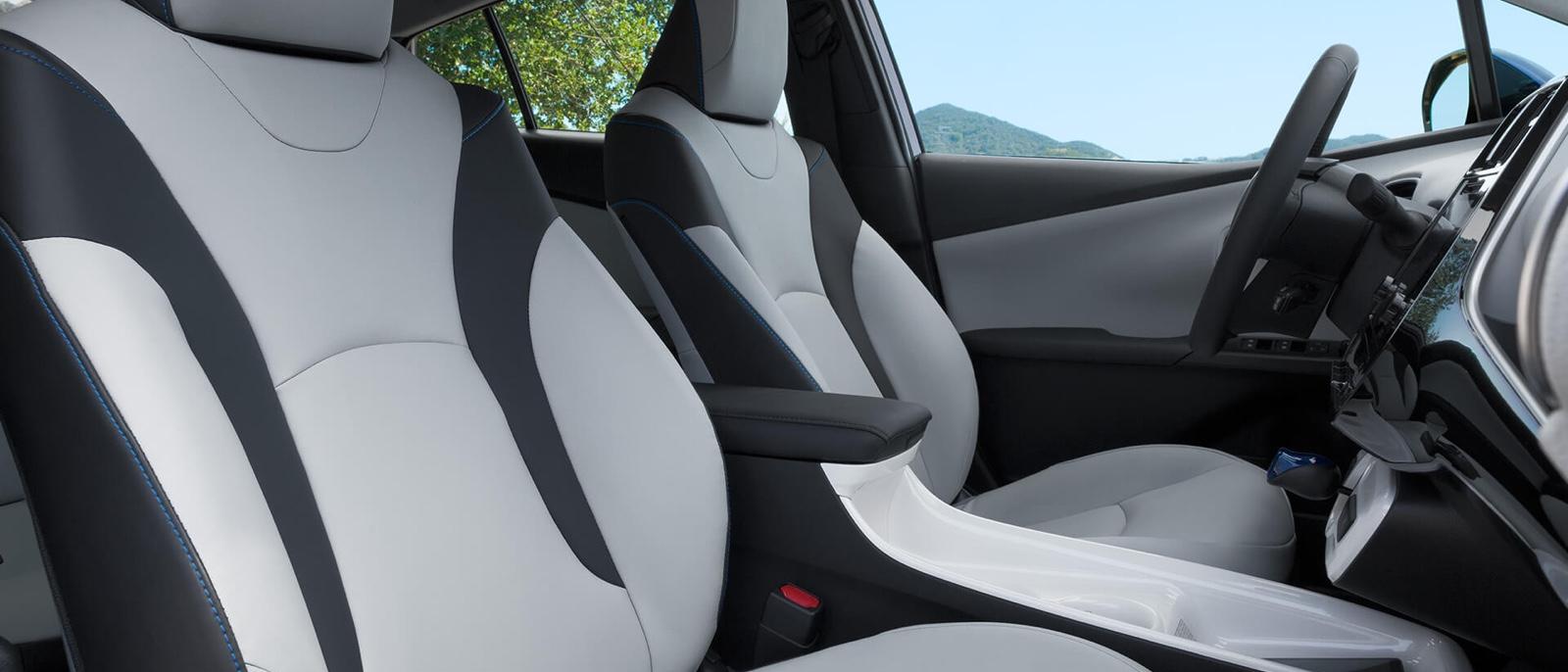 2016 Toyota Prius interior seating