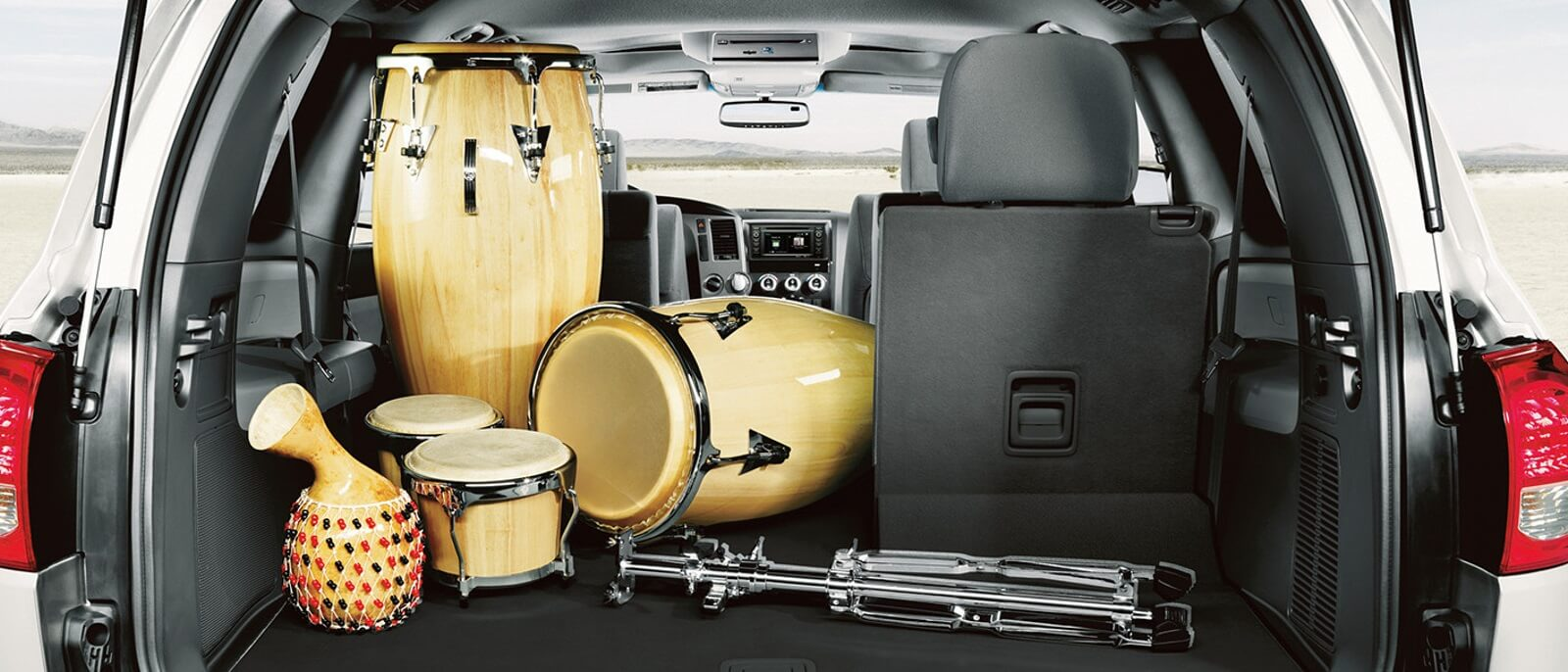 2016 Toyota Sequoia trunk