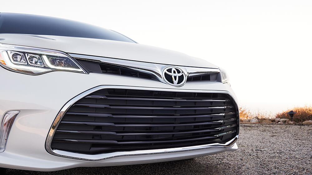2016 Toyota Avalon Grill
