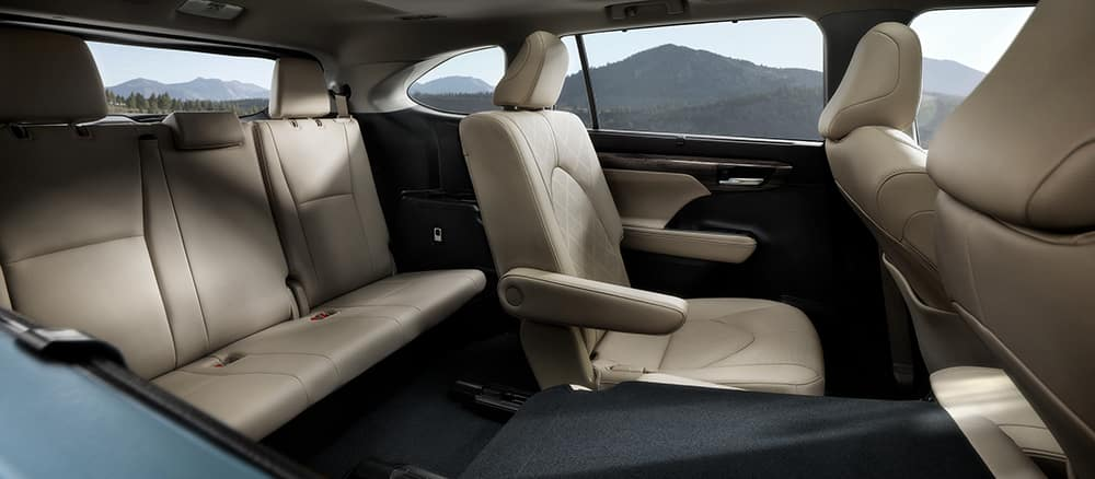 2020 Highlander interior