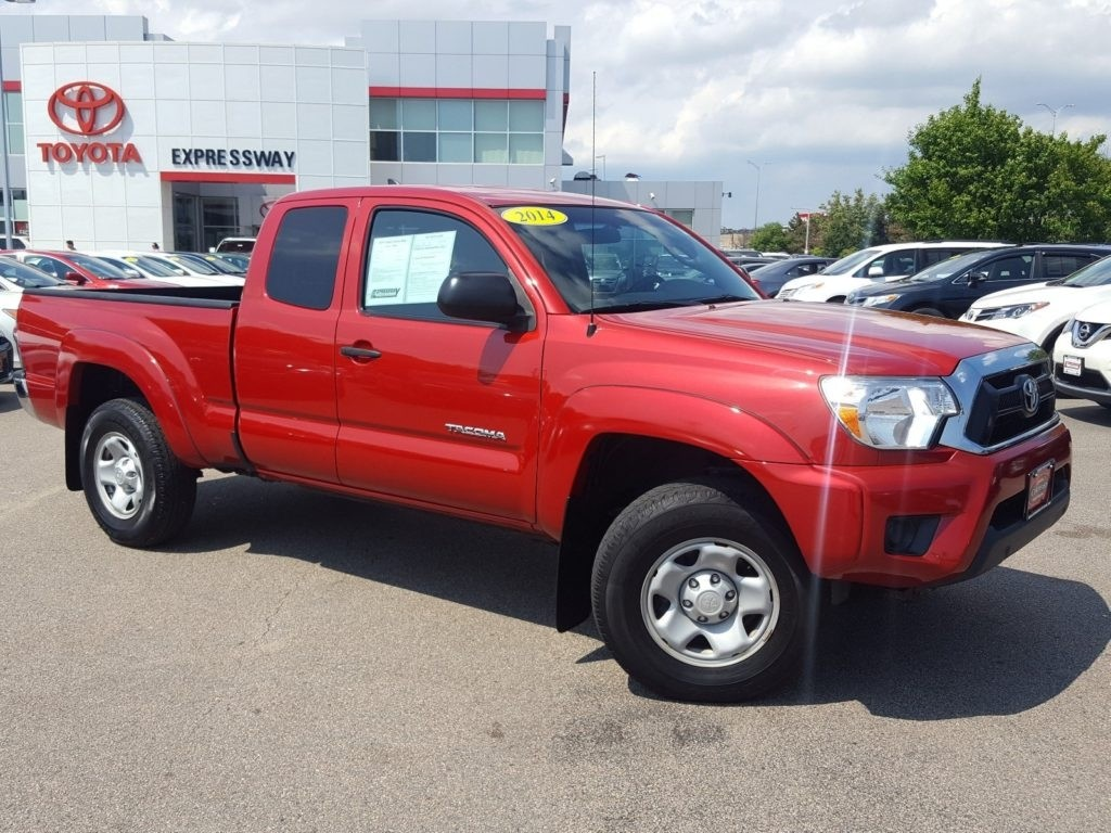Certified Pre-Owned 2014 Toyota Tacoma Base Extended Cab 4WD