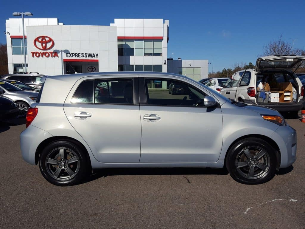 Certified Pre-Owned 2013 Scion xD 10 Series FWD Hatchback
