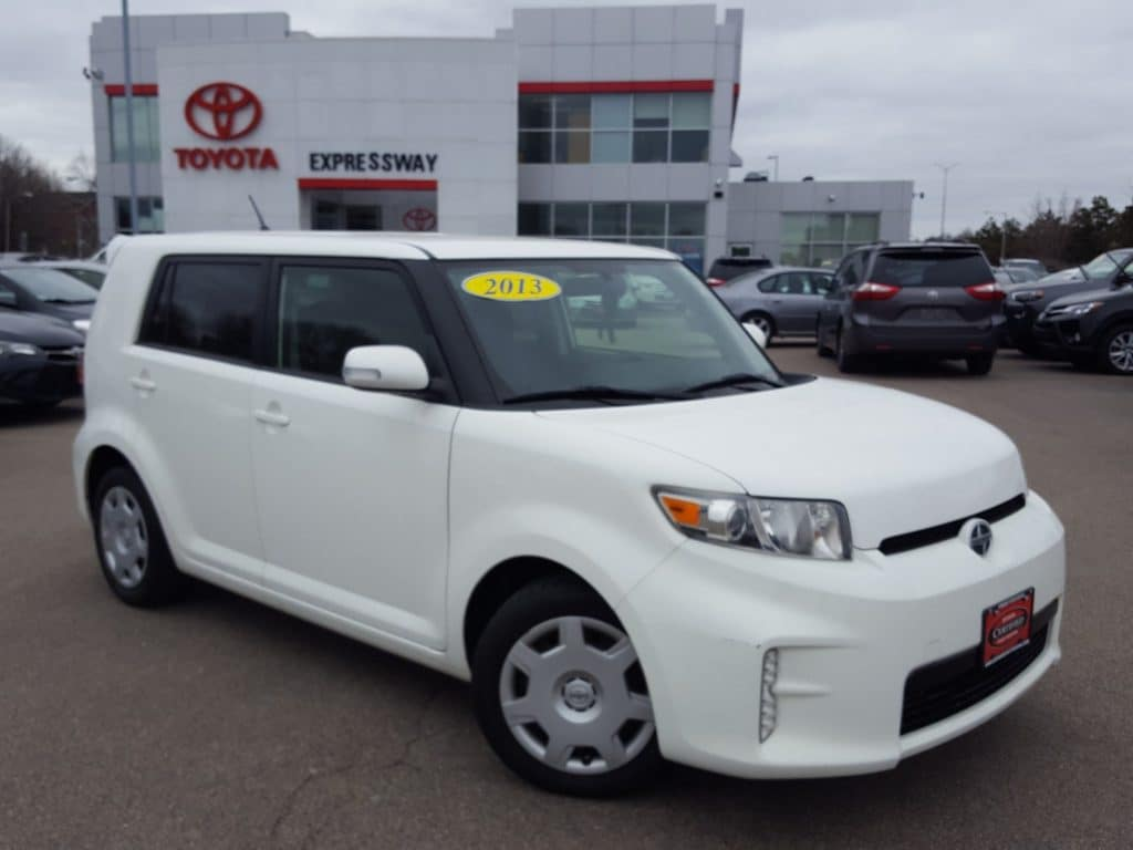 Certified Pre-Owned 2013 Scion xB Base FWD