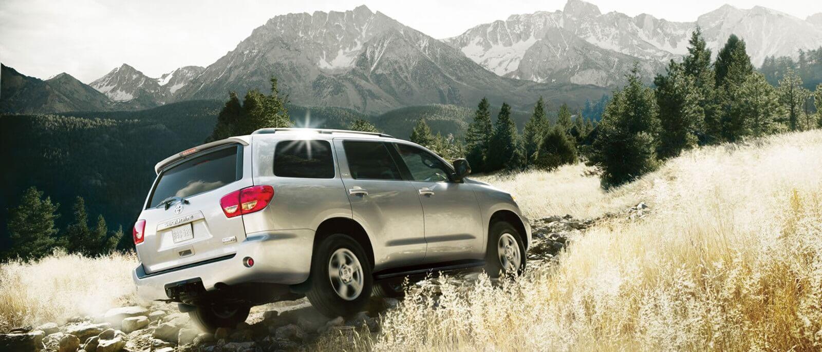 2016-Toyota-Sequoia Rear