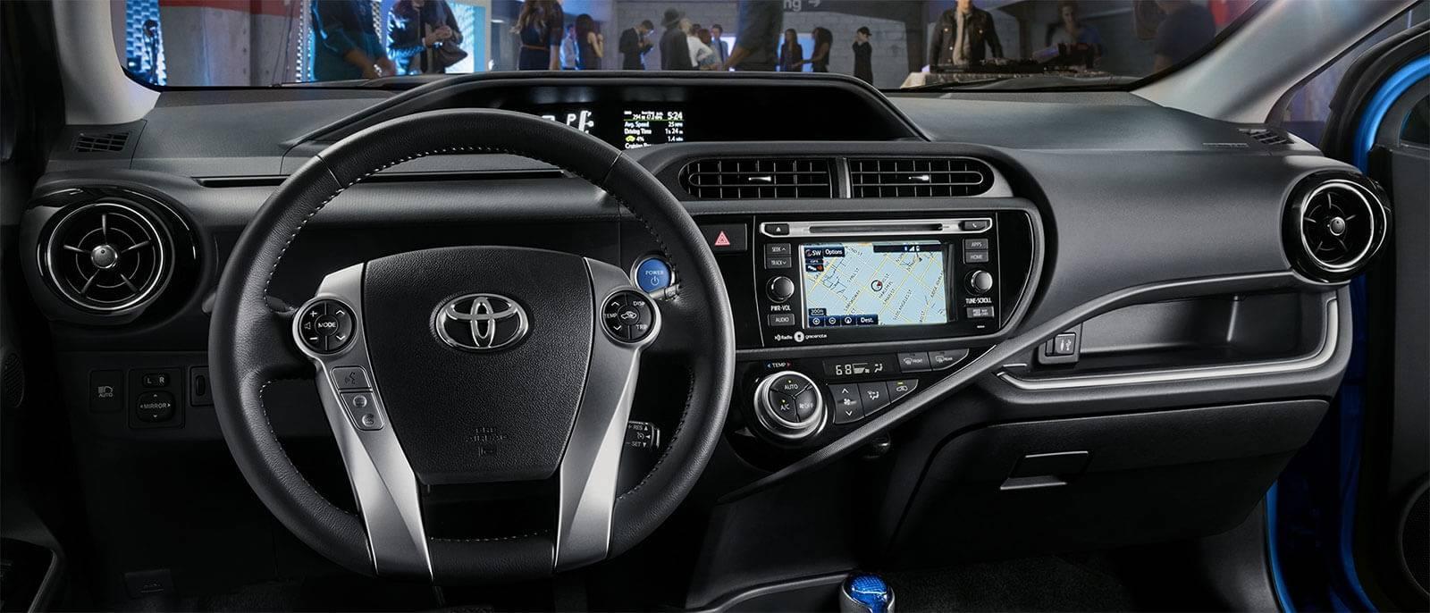 2017 Toyota Prius c interior dashboard
