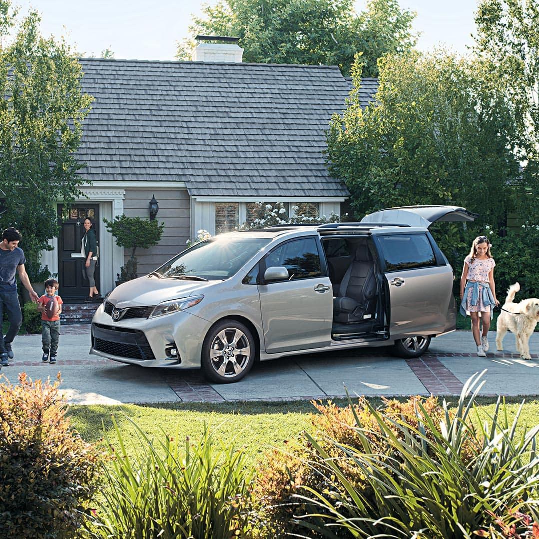 Glen Toyota is a Toyota Dealership in Fair Lawn near Hawthorne NJ | Grey MY19 Sienna Family