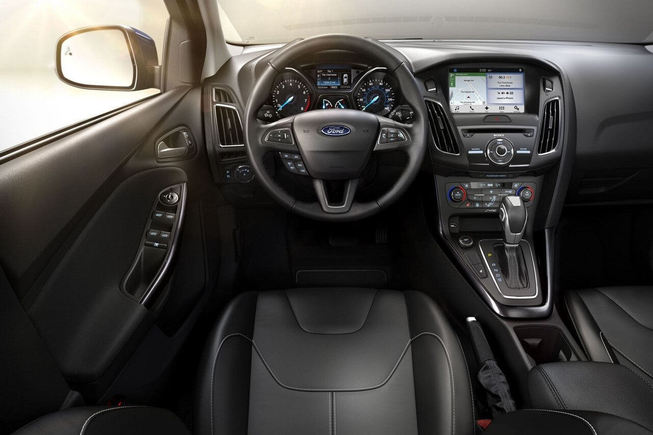 2017 Ford Focus Interior Gallery 5