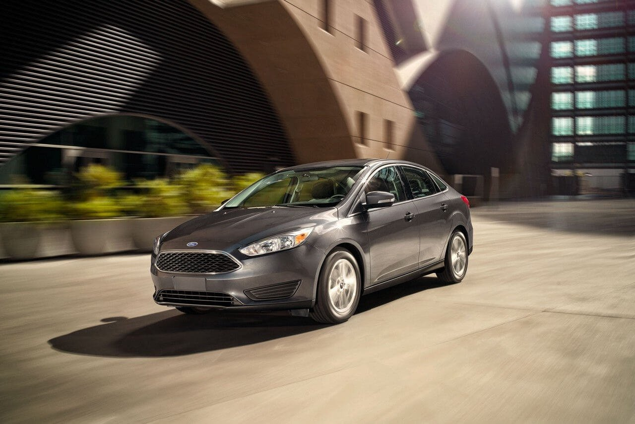 2017 Ford Focus SE Magnetic Gallery 1