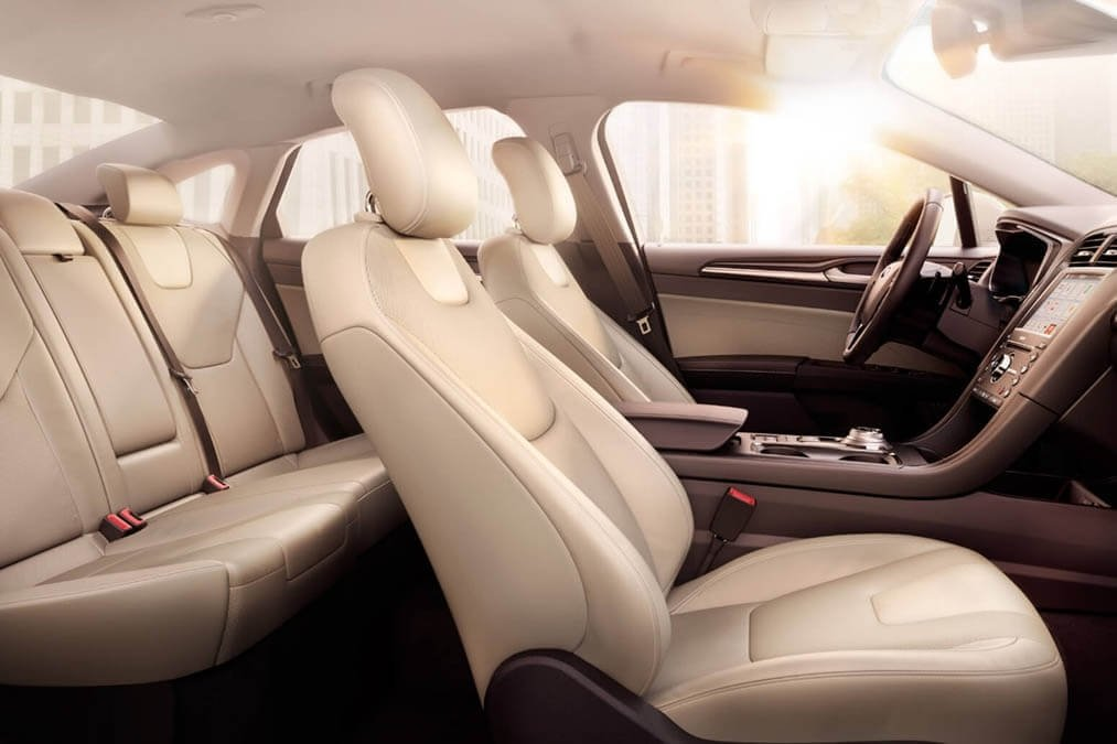 2017 Ford Fusion leather seats
