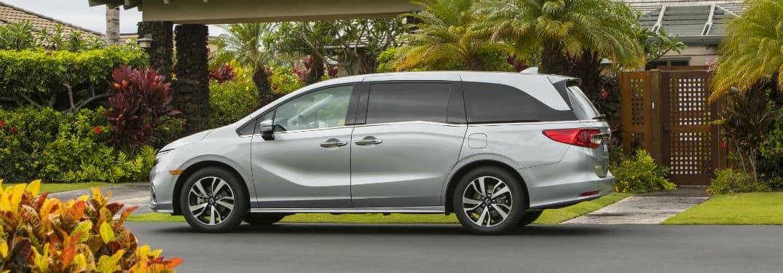 87915ff1da -2019 Honda Clarity Plug-In Hybrid  Electric Hybrid Car.  For more  information