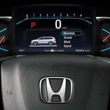 2019 Honda Pilot front interior features