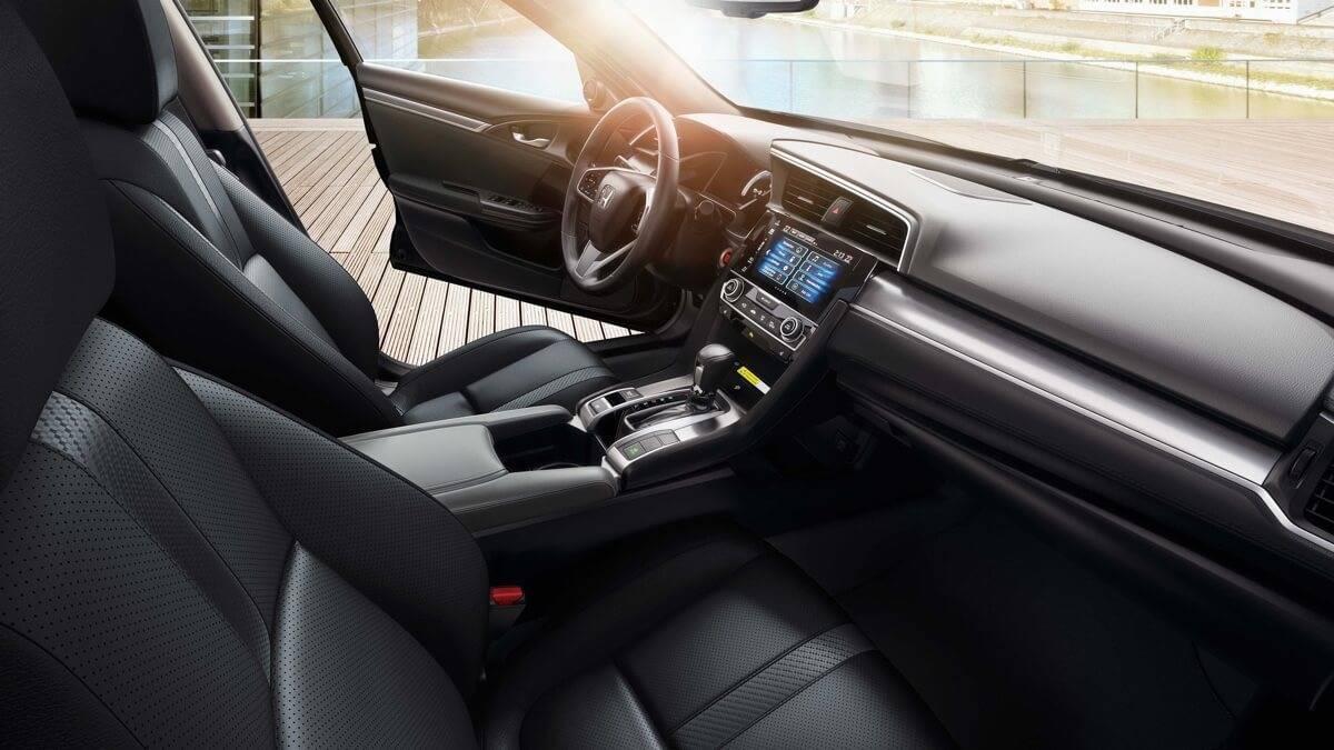 2017-Honda-Civic-Sedan-Front-Interior