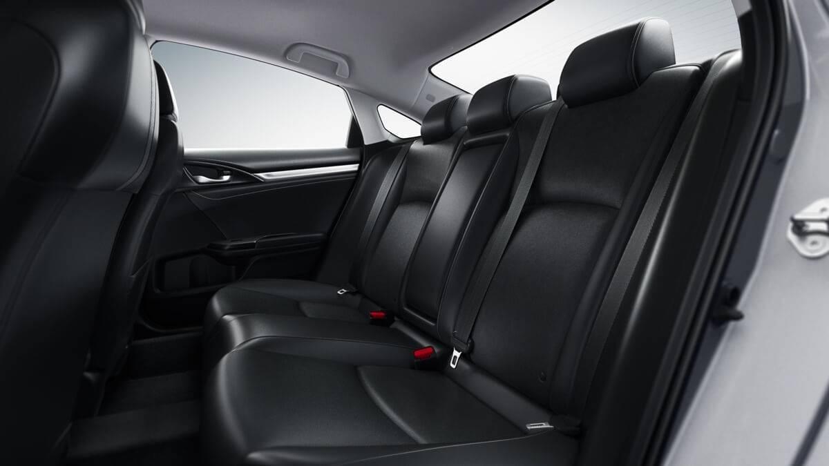 2017-Honda-Civic-Sedan-Interior-Seating