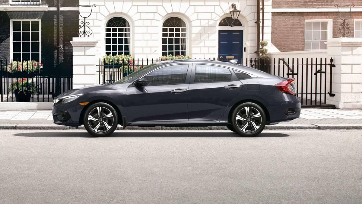 2017-Honda-Civic-Sedan-Side-View