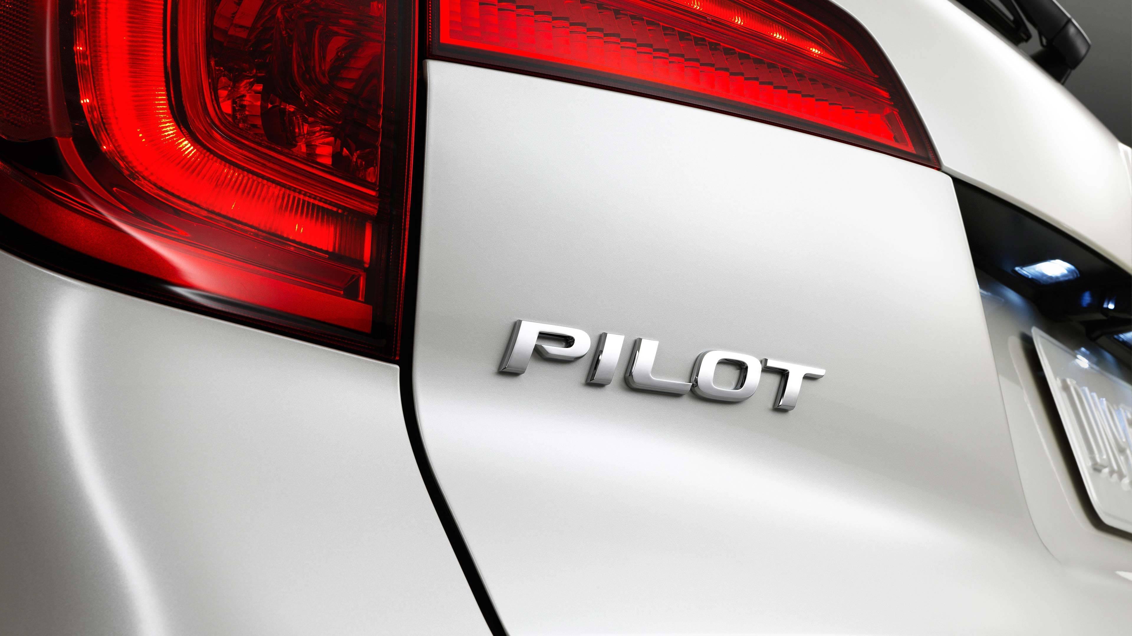 2017-Honda-Pilot-Gallery