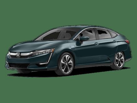 2018-Honda-Clarity-Plug