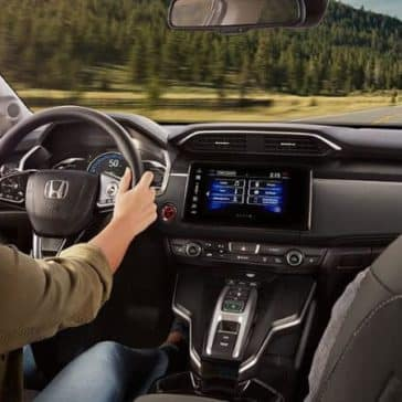 2018 clarity phev front cabin