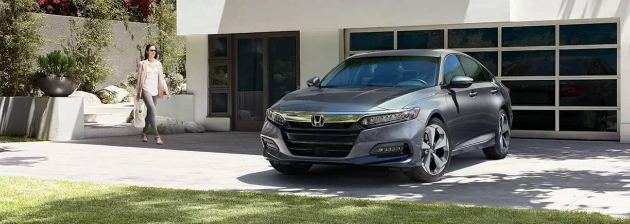 2019 Honda Accord Sedan parked