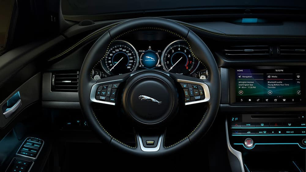 2019 Jaguar XF steering wheel and dashboard