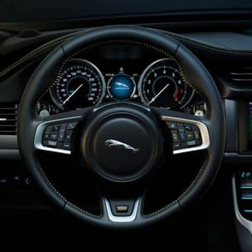 2019 Jaguar XF dashboard