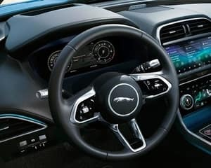 2020 Jaguar xe dashboard