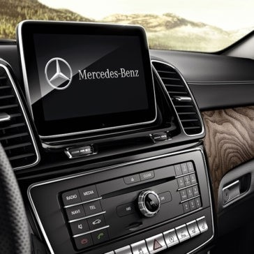 2018 Mercedes-Benz GLE interior features