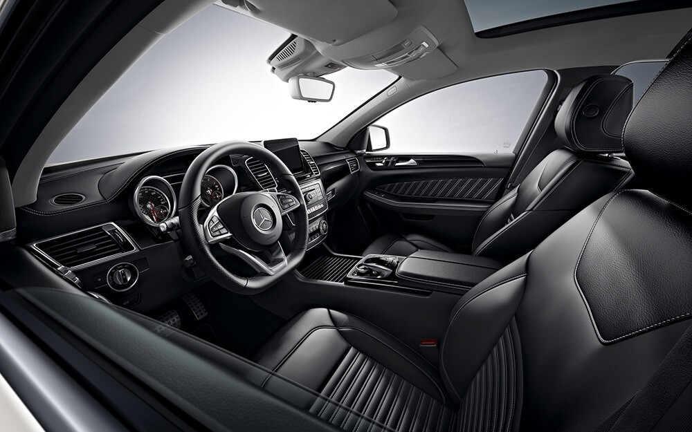 2018 Mercedes-Benz GLE interior