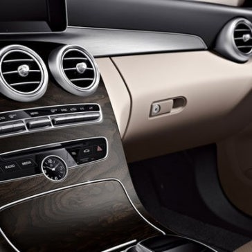 2018 Mercedes-Benz C-Class Sedan Front Interior Features