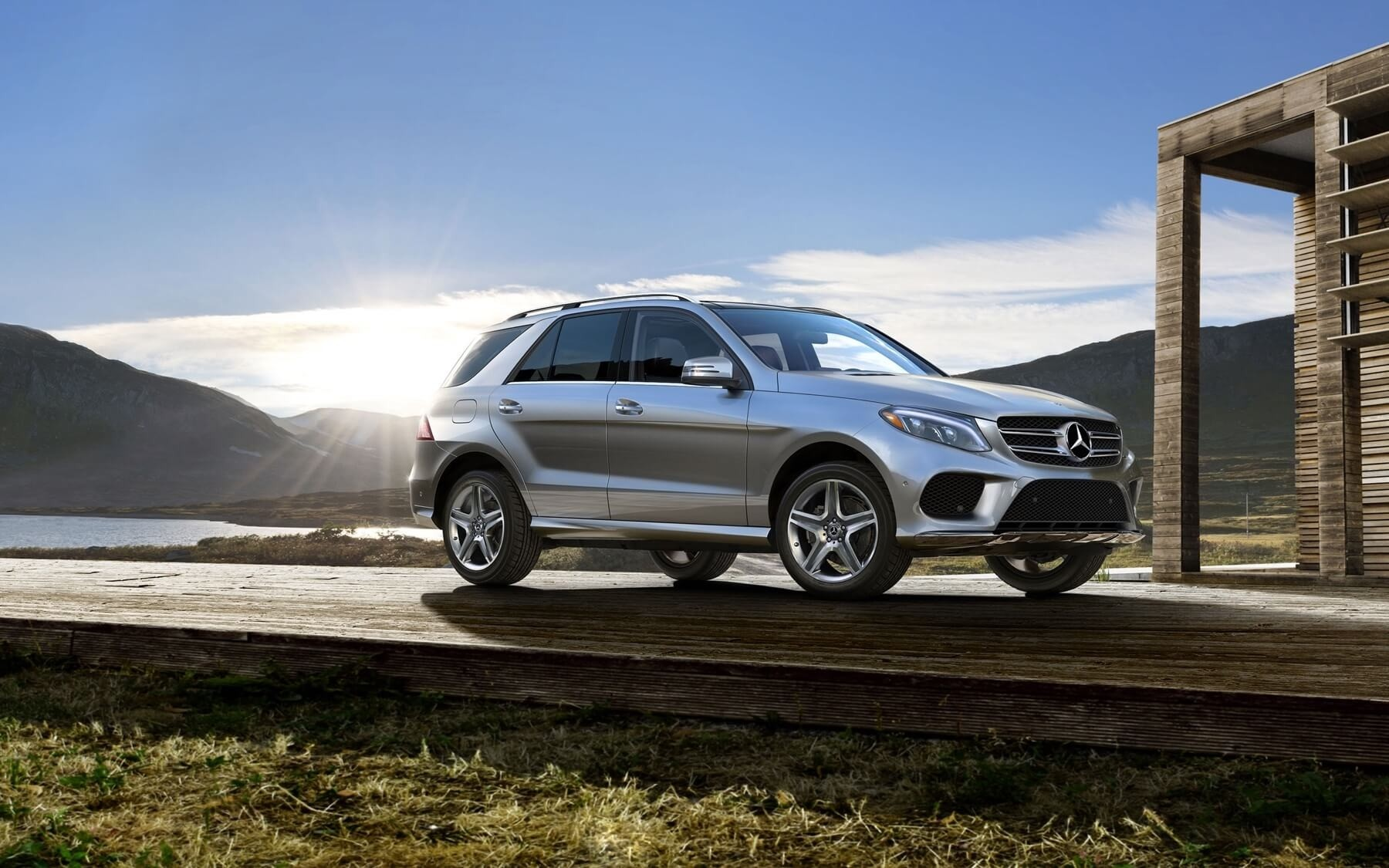 2018 Mercedes-Benz GLE SUV on the road