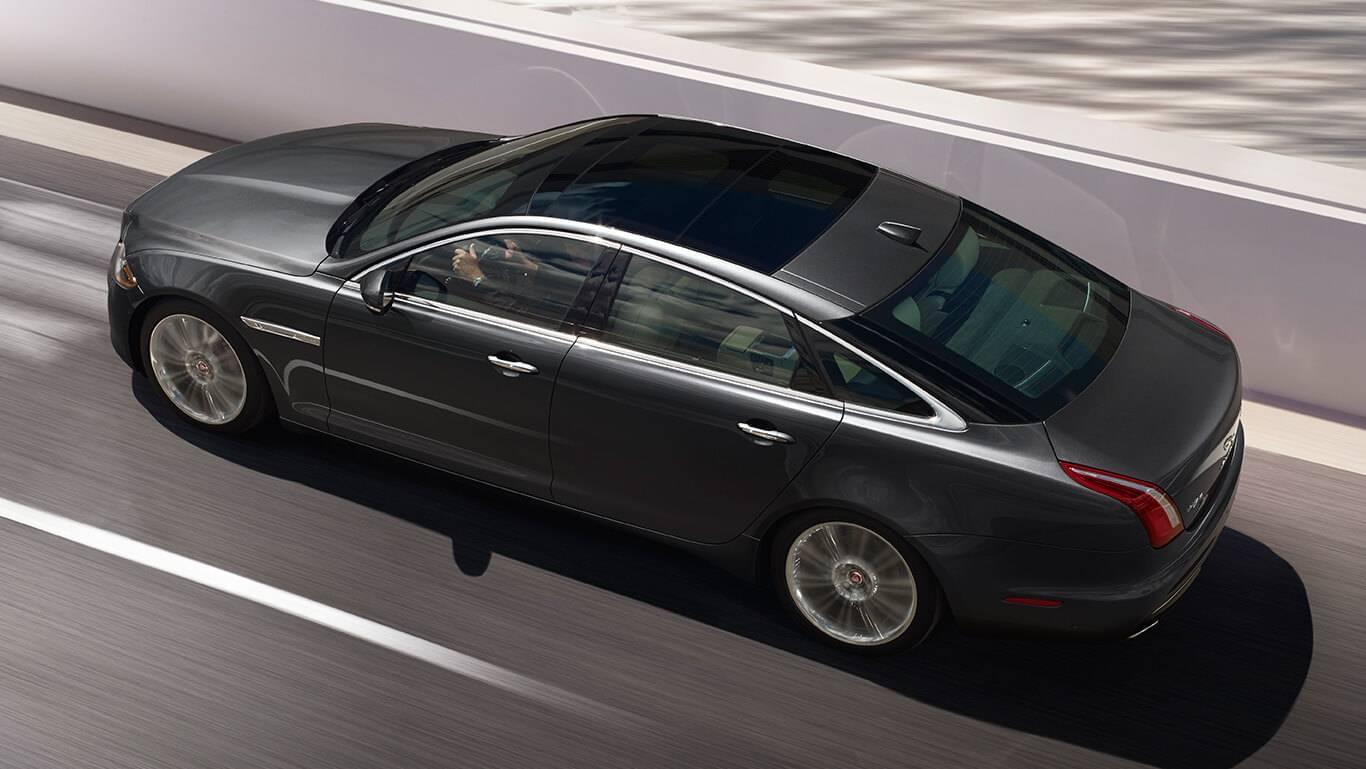 2017 Jaguar XJ Panoramic Glass Roof