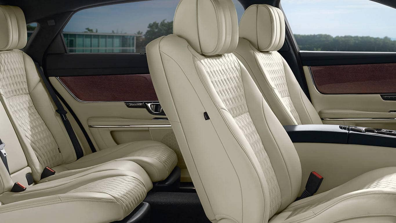 2018 Jaguar XJ seats