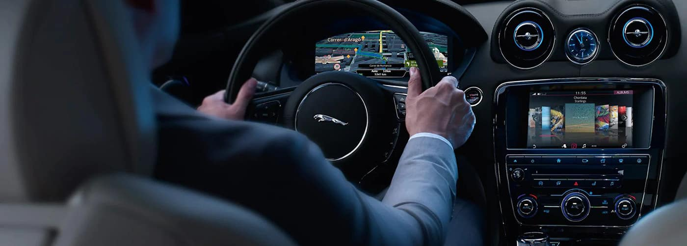 Jaguar incontrol