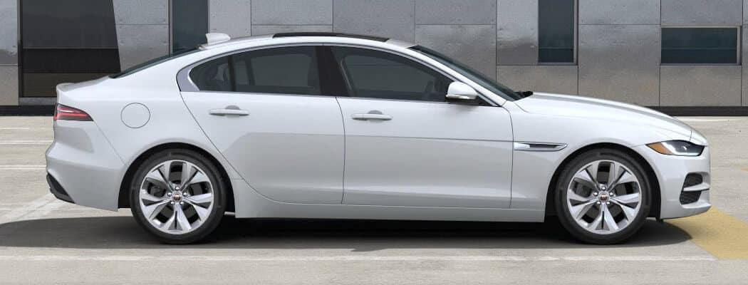 Jaguar-XE-Fuji