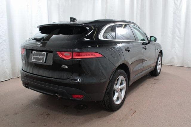 Approved CPO 2019 Jaguar F-PACE 25T