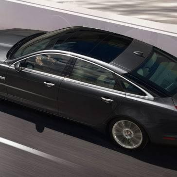 2017 Jaguar XJ Panoramic Glass Roof