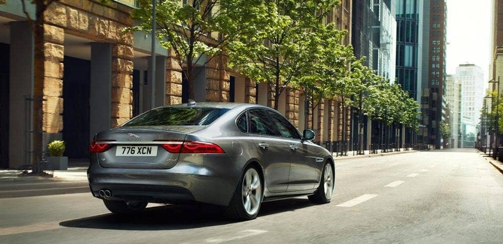 LOANER LEASE SPECIAL 2018 JAGUAR XF 25T Premium AWD – Only 1 Available!